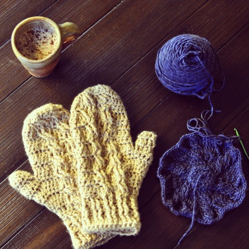 cabled mittens and hat
